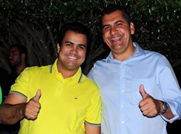 Prefeitos: Terence Lessa de Ibotirama e Marcio Mariano de Muquém do São Francisco