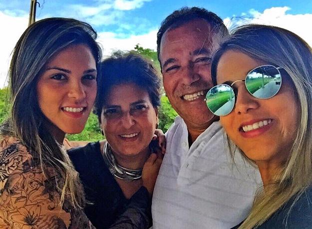 O advogado deixa a esposa Niedja Negrão Nunes e duas filhas, Ananda Nunes (advogada–sócia na empresa Geraldo Nunes & Advogados Associados) e Jessica Nunes.