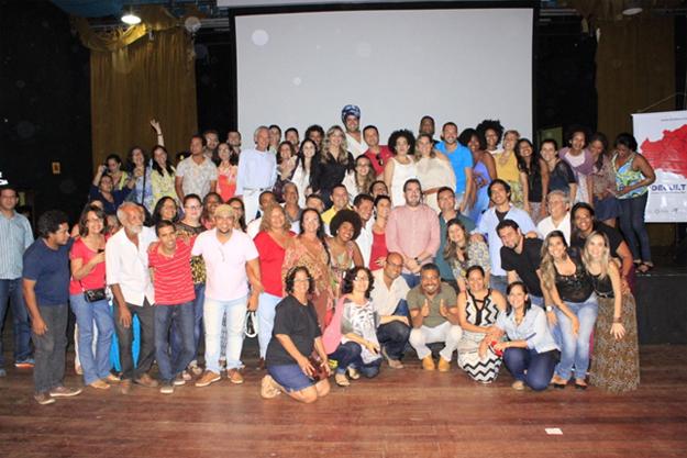 Fortalecer as políticas culturais em todos os 27 territórios de identidade da Bahia foi o objetivo do encontro que reuniu representantes territoriais de cultura e coordenadores dos 17 Centros de Cultura da Secretaria de Cultura do Estado em Valença
