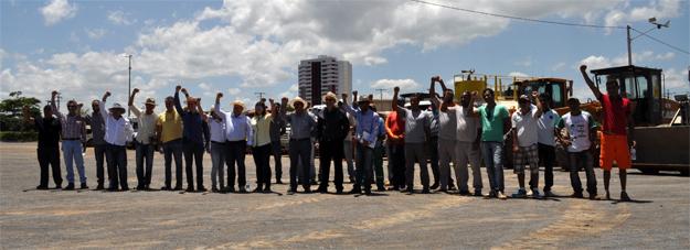 Produtores rurais, empresários, políticos e operadores das maquinas unidos contra o Aedes aegypti