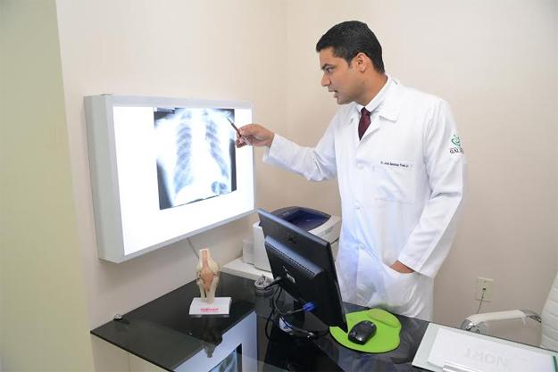 A preocupação maior é a Síndrome Respiratória Aguda Grave, que tem levado as pessoas a óbito