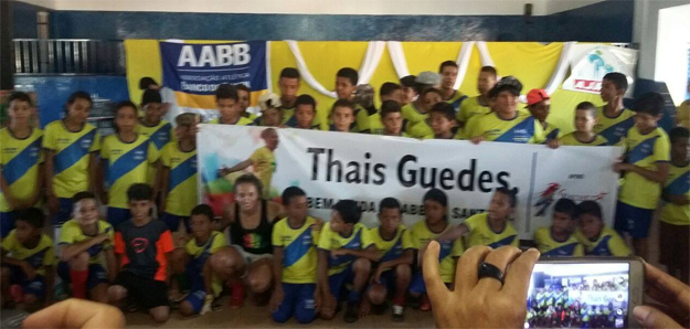 thais2