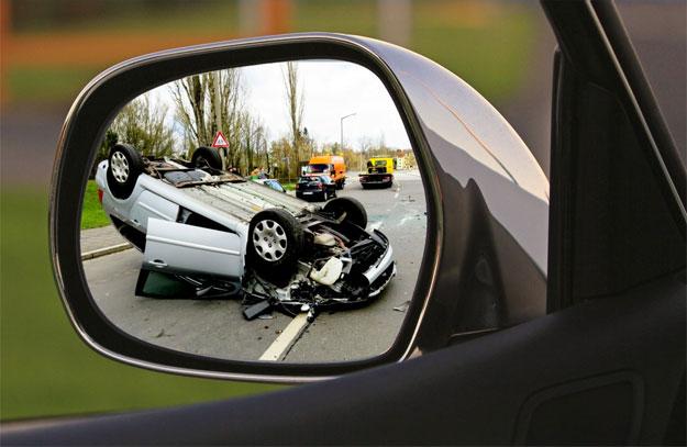 Resultado de imagem para sinistro em carros